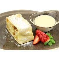Apple strudel with mango, figs and vanilla sauce